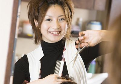 美容業界で活躍するために専門学校で基礎から学ぼう